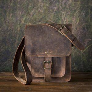 Leather Messenger Bag In Buffalo Finish