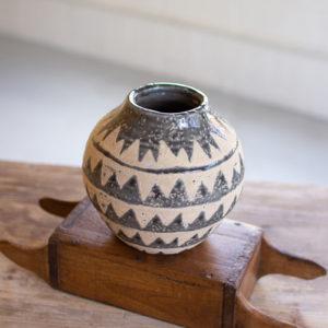 Ceramic Triangle Pattern Vases - Grey