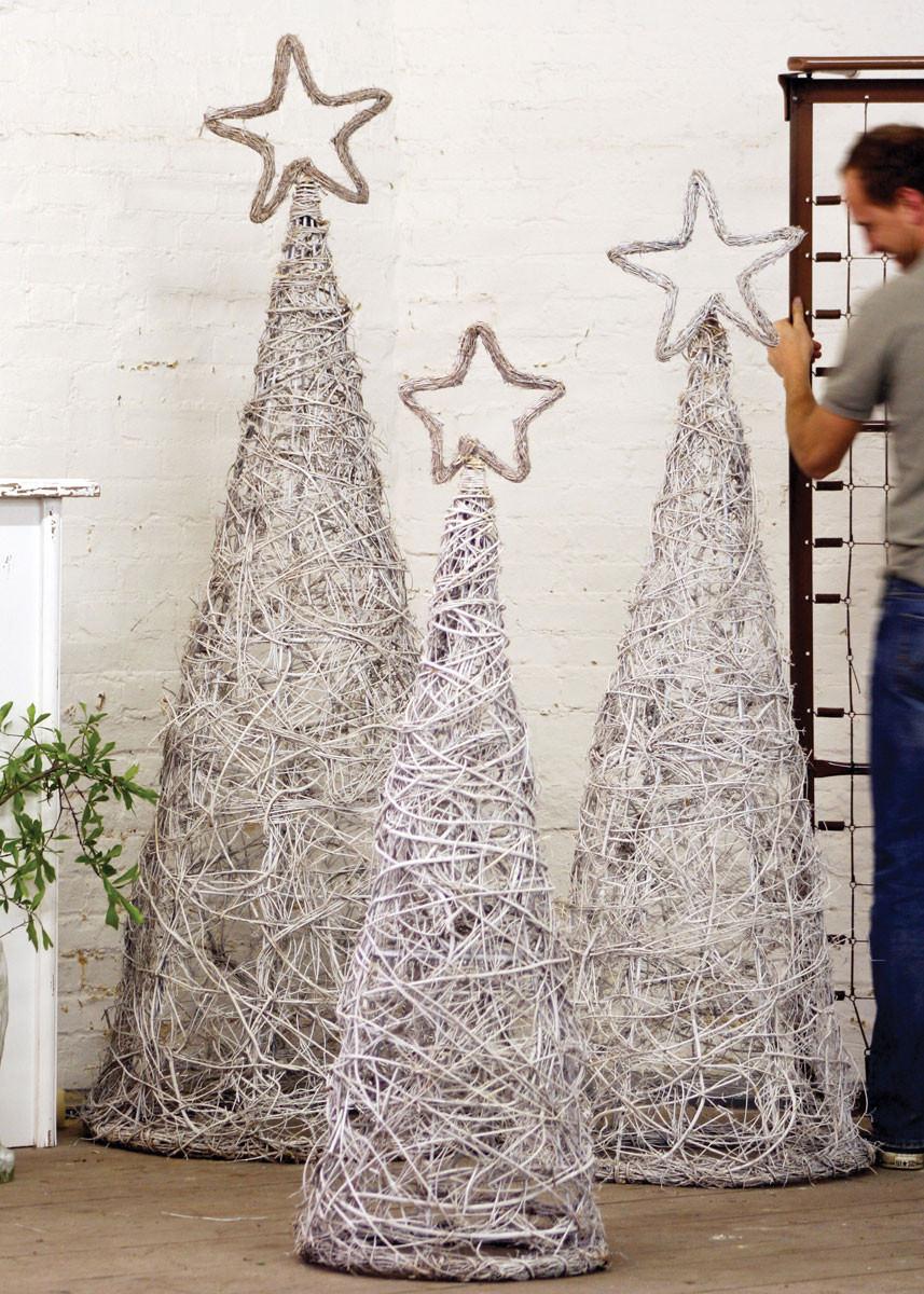 Set Of 3 Whitewash Giant Iron Twig Topiaries W Star Finials