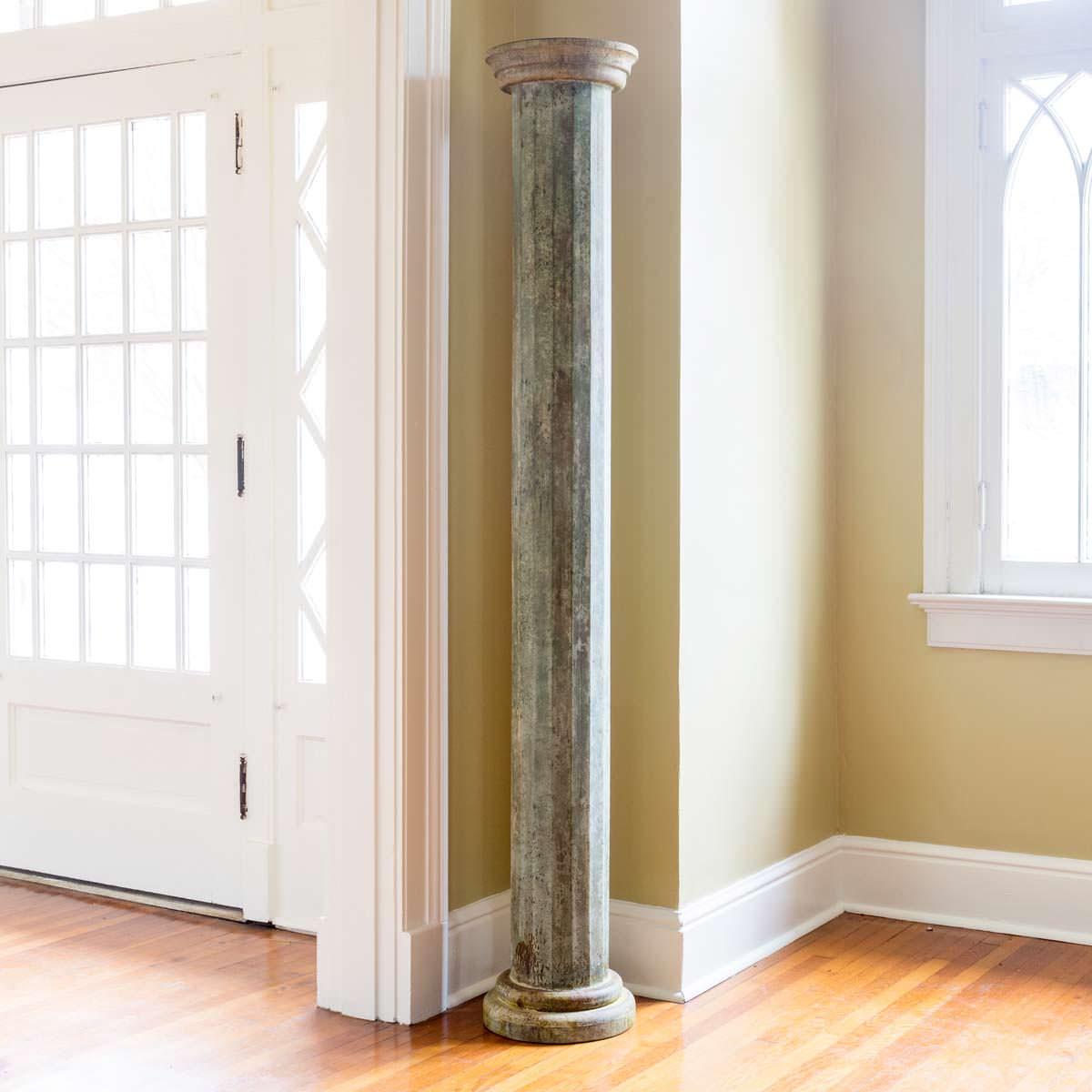 Green Veranda Pillar