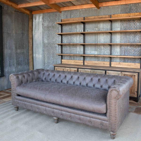 Mule Muzzle Chesterfield Sofa