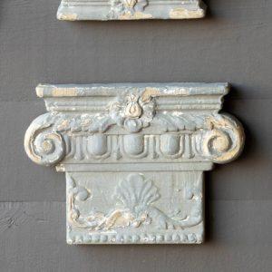 Aged Grey Iconic Column Cap Medallion Large