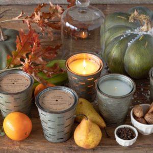 Della Robbia Olive Bucket Fragrance Candle