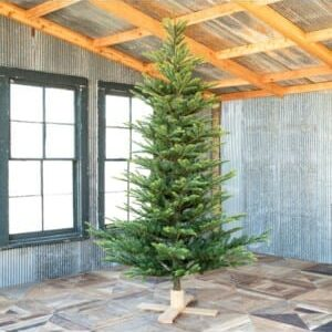 Great Northern Spruce Tree with Micro LED Lights 9'